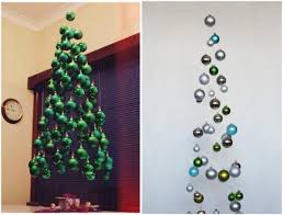 floating tree made of balls and paper tinker
