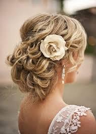 coiffure de mariage et bijoux de cheveux 55 idées tendance hair