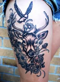 55 gorgeous thigh tattoos designbump
