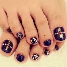 nail art toes design