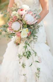 cascading bouquet a big floral trend cascading bouquets onefabday