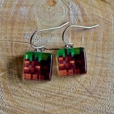 minecraft earrings dirt block dangle earrings minecraft by colourharmony