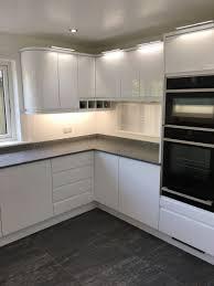 contemporary kitchen cabinet hardware contemporary cabinet knobs modern flat panel kitchen cabinets modern