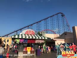Sox Flags New England Theme Park Archive The Joker Six Flags New England