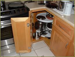 how to hang kitchen cabinet doors installing a kitchen cabinet hinge