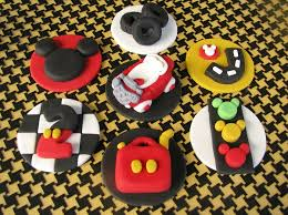 grin from ear to ear creative mickey mouse cakes designs