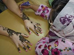 the designs of henna in bahrain