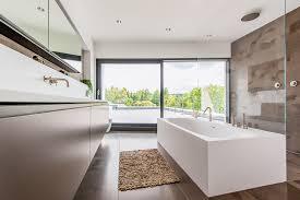 Badezimmer Badewanne Dusche Badewanne Unter Schräge Duschen Badideen Tolle Ideen Für Das