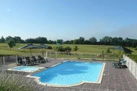 chambres d hotes en dordogne avec piscine location de gîte et chambre d hôtes à lalinde dordogne