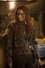 the 100 marie avgeropoulos on octavia u0027s struggles with lincoln