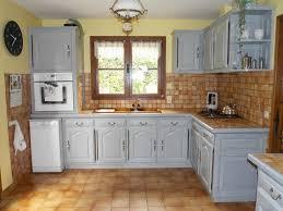 cuisine ancienne repeinte modele de cuisine ancienne en bois cuisine idées de décoration