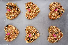 bird seed wedding favors how to heart shaped birdseed favors american wedding wisdom