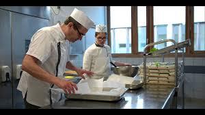 formation en cuisine de collectivité je cuisine a la cantine et j aime ça
