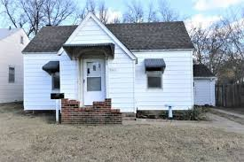 One Bedroom Trailers For Sale Ponca City Ok Real Estate Ponca City Homes For Sale Realtor Com