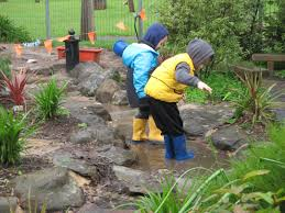 let the children play creeks in the preschool playscape