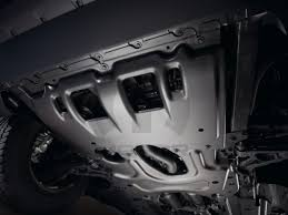 Jeep Cherokee Floor Pan by 82214108ab 2014 2017 Jeep Cherokee Oil Pan Skid Plate Leeparts Com