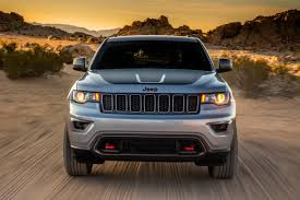 muddy jeep cherokee jeep grand cherokee trailhawk review auto express