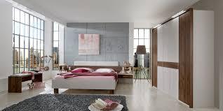 Wiemann Schlafzimmer Kommode Erleben Sie Das Schlafzimmer Imola Möbelhersteller Wiemann