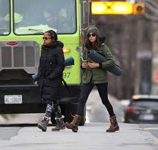 meghan markle with her mom going to yoga 07 gotceleb