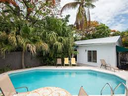tropical retreat upscale home w private homeaway uptown