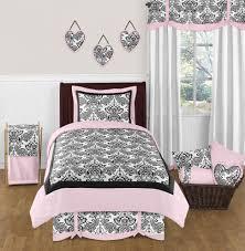 hot pink bedroom set bedrooms black and white bedroom furniture bathroom color trends