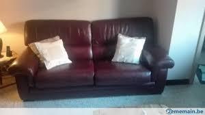 vend canapé vend canapé 2 places et fauteuil en vrai cuir a vendre 2ememain be