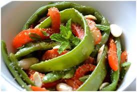 cuisiner des haricots plats salade de haricots plats et poivrons aux amandes et à la menthe