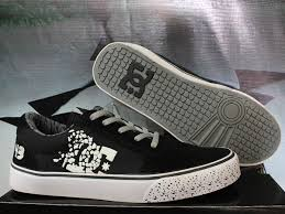 Gambar Sepatu Dc Ori jual sepatu casual dc 43 hitam putih ortshop