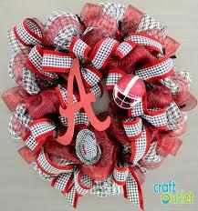 making an alabama football wreath with deco mesh we hope you enjoy