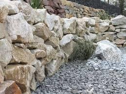 Steine Fur Gartenmauer Mauersteine Steinakzente