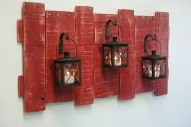 rustic wall decor diy using of the wooden planks has been