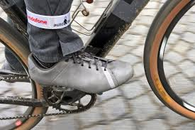 bicycle boots first impressions shimano explorer rt4 mountain pedal road