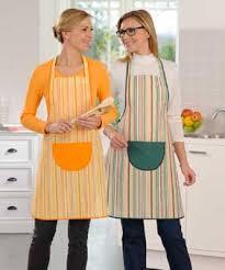 tabliers blouse et torchons de cuisine tablier torchon textile cuisine et table damart