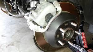 2013 2016 hyundai santa fe rear disc brakes checking caliper