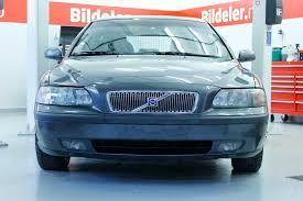 volvo volkswagen 2000 volvo s60 v70 hvordan bytte nedre bærearm i forstilling 2000
