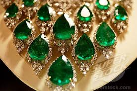 green emerald necklace images Beauty will save viola beauty in everything jpg