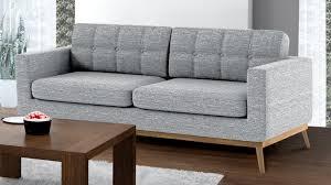 canap style scandinave canapé d angle tolbon capitonné de style scandinave en tissu
