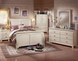 cottage retreat bedroom set furniture in brooklyn at gogofurniture com