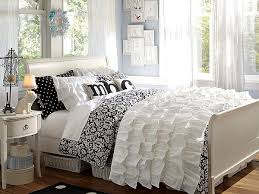 Unique Bedroom Ideas Damask To Clone Girl S Room Padded Batting - Damask bedroom ideas
