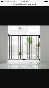 Munchkin Gate Find More Munchkin Black Metal Baby Gate A Arches To Either Side