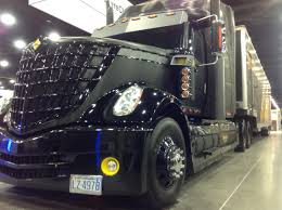 volvo rigs the mike ryan racing modified cascadia more cool units from mats