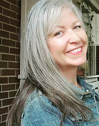 how to bring out gray in hair 492 best i love my gray hair images on pinterest silver hair
