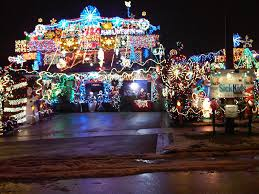 unbelievable christmas light decoration in toronto candy