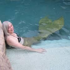 cynthia rivers mermaid and mermaid blogger i am a mermaid
