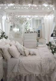 Ruffle Bedding Shabby Chic by Best 20 White Ruffle Bedding Ideas On Pinterest Lace Bedding