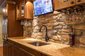 Basement Bar With Stone Backsplash Traditional Basement - Bar backsplash