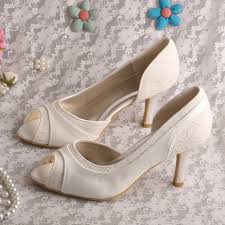 wedding shoes mid heel wedopus women mid heels wedding shoes ivory satin and lace