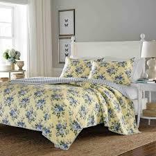 laura ashley linley reversible 3 piece full queen size quilt set