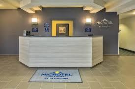 Lobby Reception Desk Lobby Reception Desk Picture Of Microtel Inn U0026 Suites By Wyndham