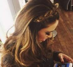 hair styles for going out 20 diy hairstyles socially fabulous fabulously social